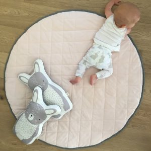 Speelkleed Quilted Pink/ Dark Grey van Mister Fly - My Little Carpet