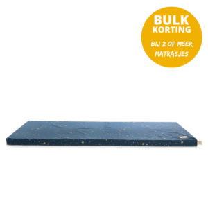 Speelmatras St. Barth – Gold Stella Night Blue van Nobodinoz - My Little Carpet