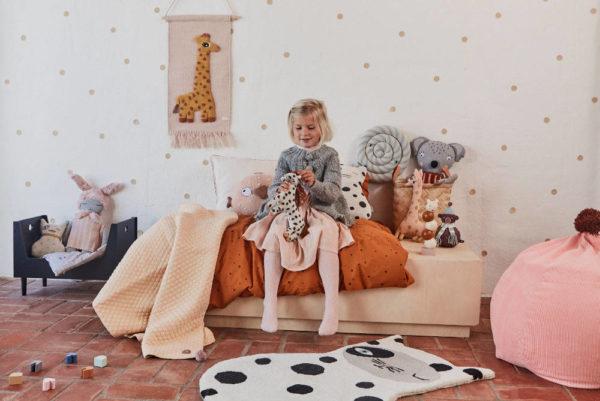 Wandhanger Wandkleed Giraf + Vloerkleed Zorro Cat van OYOY mini - My Little Carpet