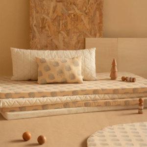 Speelmatras St. Barth, Blue Gatsby Cream van Nobodinoz - My Little Carpet