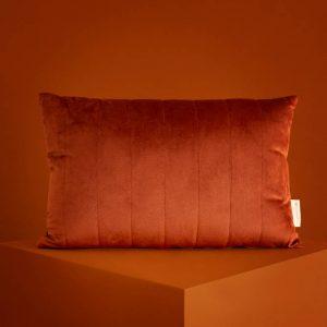 Akamba Velvet Kussen Wild Brown van Nobodinoz - My Little Carpet