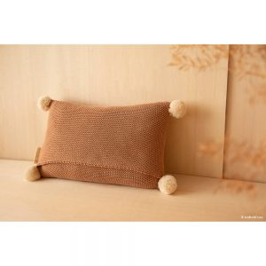 Kussen So Natural Knitted Biscuit van Nobodinoz - My Little Carpet