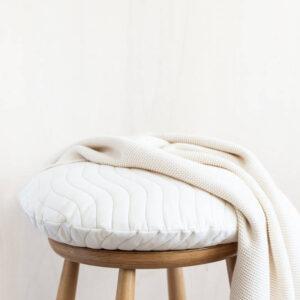 Rond kussen Sitges New Natural van Nobodinoz - My Little Carpet